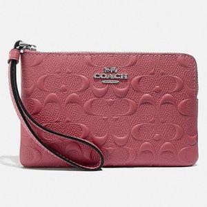 Authentic Coach Corner Zip Wristlet Leather